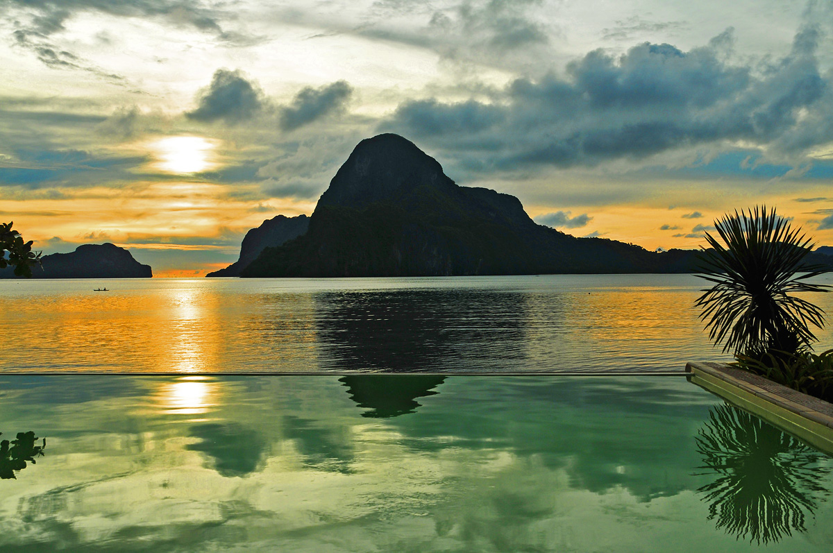 Sunset On Cadlao Island