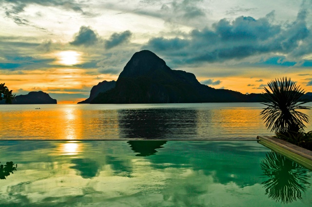 Sunset On Cadlao Island